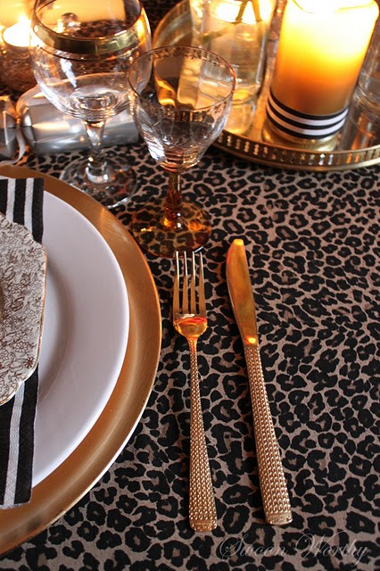 leopard,gold,table,decorations,festive