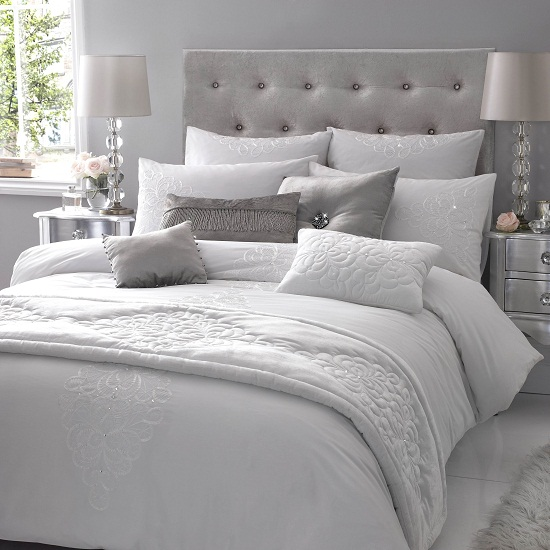 White And Grey Room: Kylie At Home