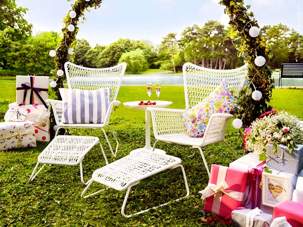 I spy ikea in the garden dear designer - Decoracion jardin ikea ...