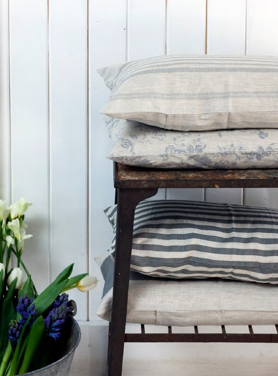 cushions,linen,floral,faded,