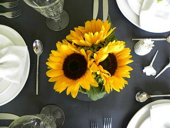 Dear Designer's Blog - Table with Sunflowers [3]