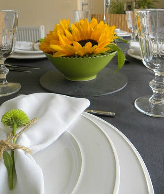 Dear Designer's Blog - Table with Sunflowers [4]