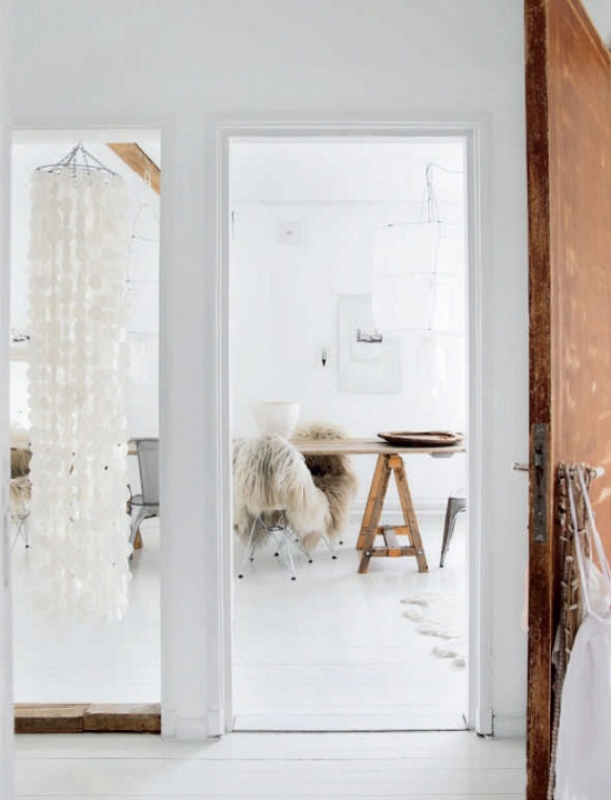 The home of photographer and stylist Line Kay in Oslo [3]
