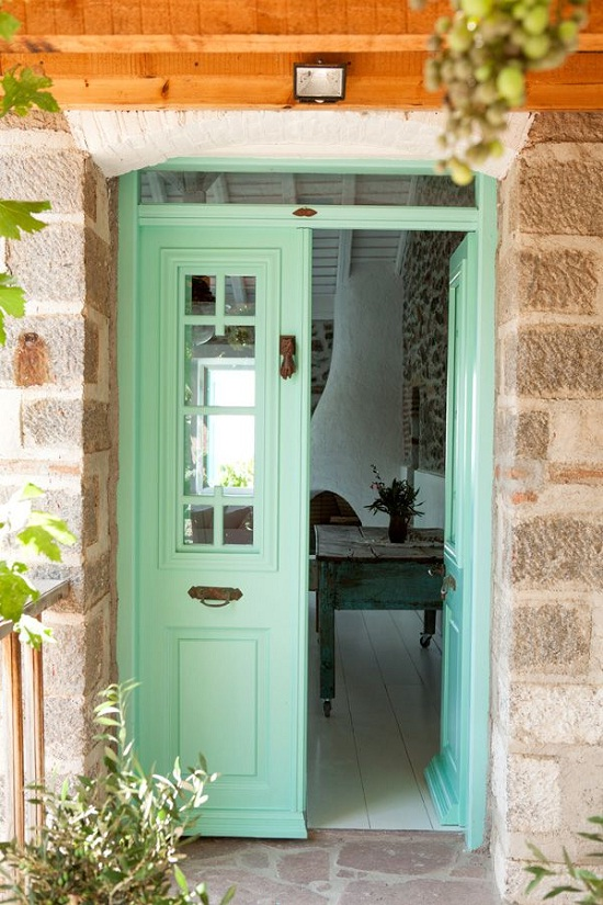 A Greek Island Guesthouse photographed by Carla Coulson [1]
