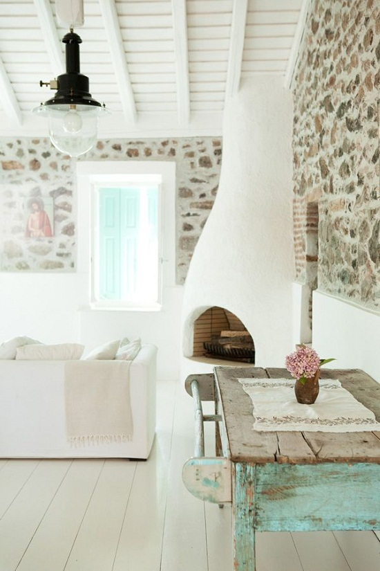 A Greek Island Guesthouse photographed by Carla Coulson [2]