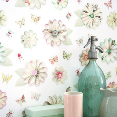 Studio_Ditte_Flowers,_Butterflies_&_Beetles_Wallpaper from Pierrot et Coco