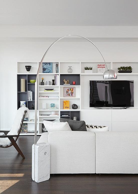 Manhatten Apartment with a view via Home Adore [3]