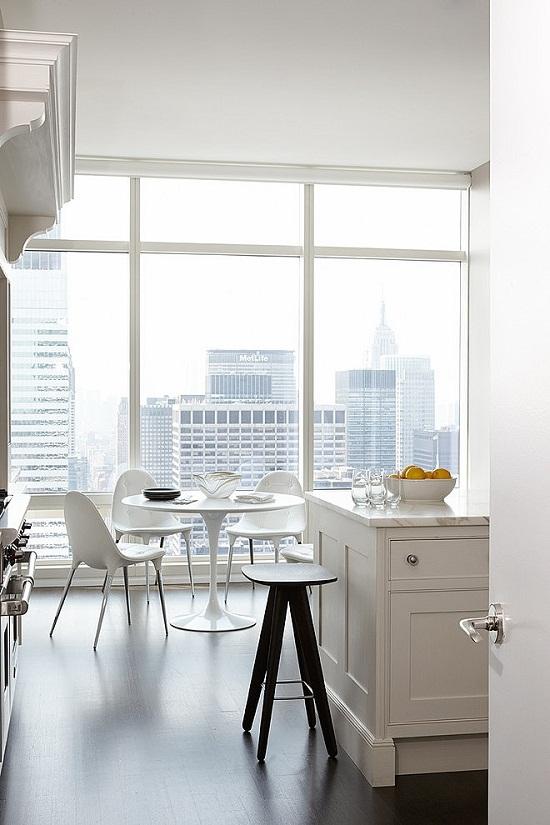 Manhatten Apartment with a view via Home Adore [4]