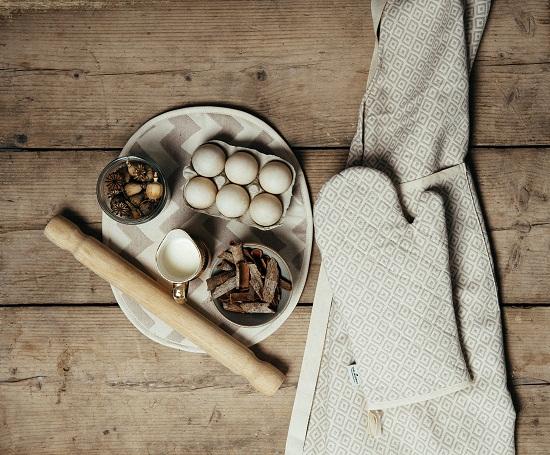 Tori Murphy - Kitchen Textiles 2