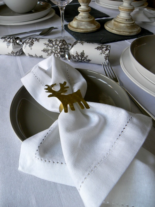 Festive Table Styling via Dear Designer's Blog [6]