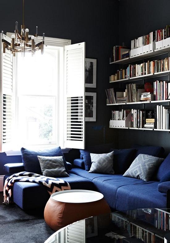 Dark and dramatic mansion flat of Interior Designer Chelsea Hing [2]