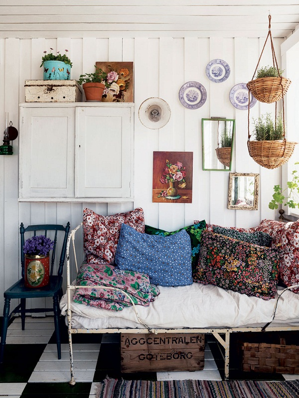 shed-decor-sally-coulthard 1