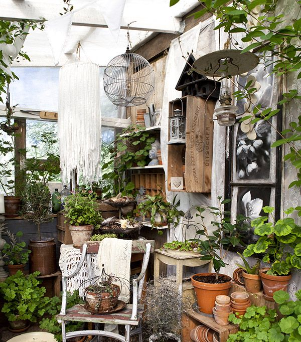 shed-decor-sally-coulthard 5