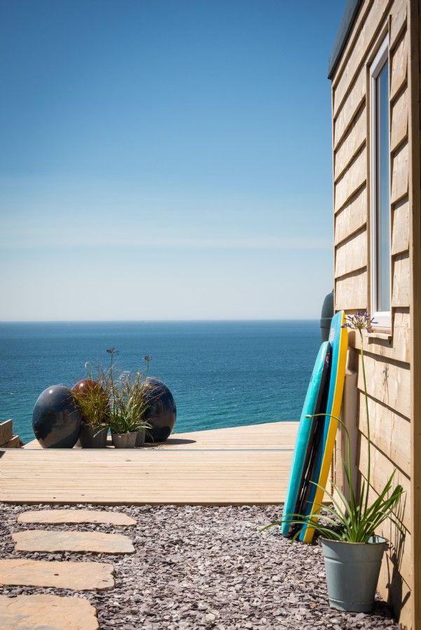 Daydreamer, luxury self catering beach hut via Unique Home Stays (1)