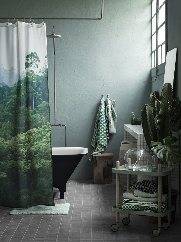 Large scale leaf prints, metal, wood and green glass from the Earthy Emerald range at H&M Home 2016 (1)