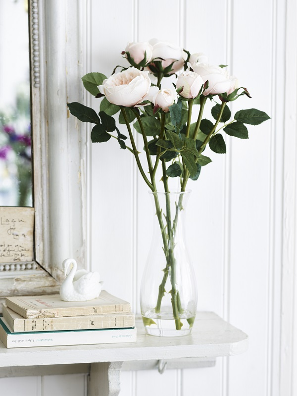 Jane Packer Pink Roses in Glass Vase by Sainsbury's, -ú22.jpg