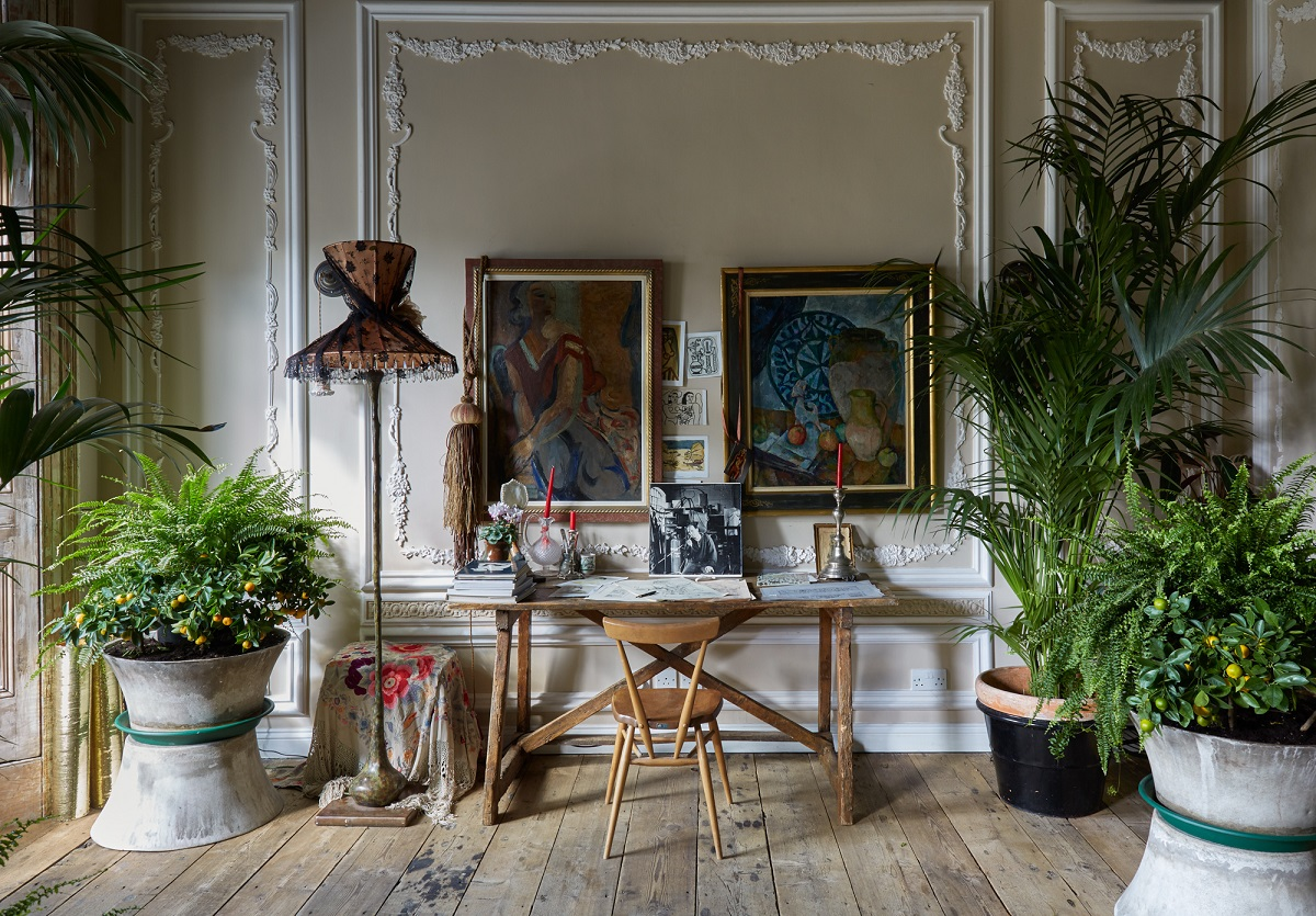 The Boho-Glam Apartment of Sera Hersham-Loftus - photographed by Jake Fitzjones (21)