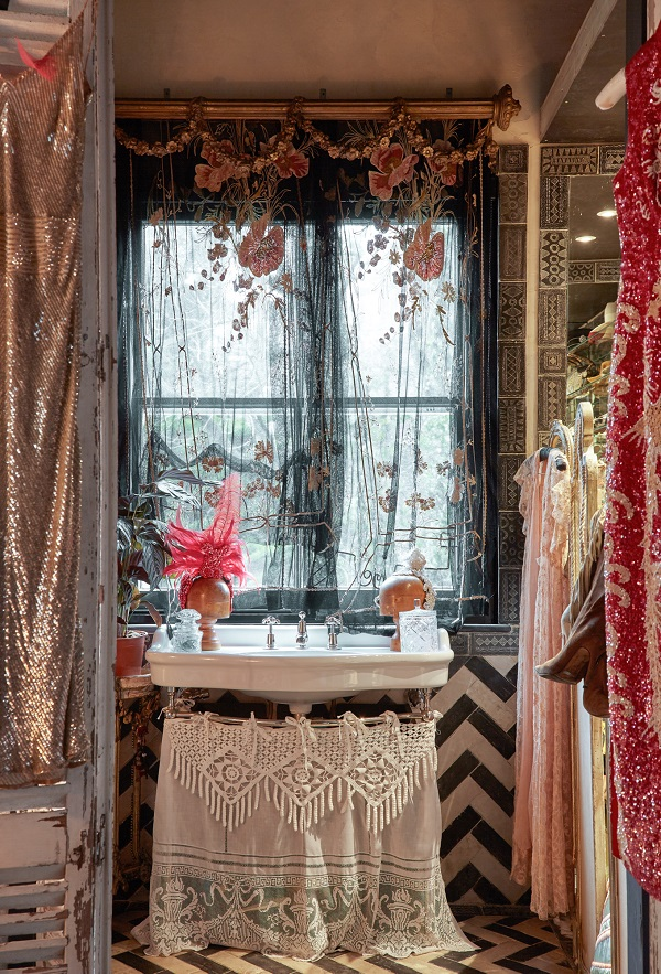 The Boho Glam Apartment Of Sera Hersham Loftus Dear Designer