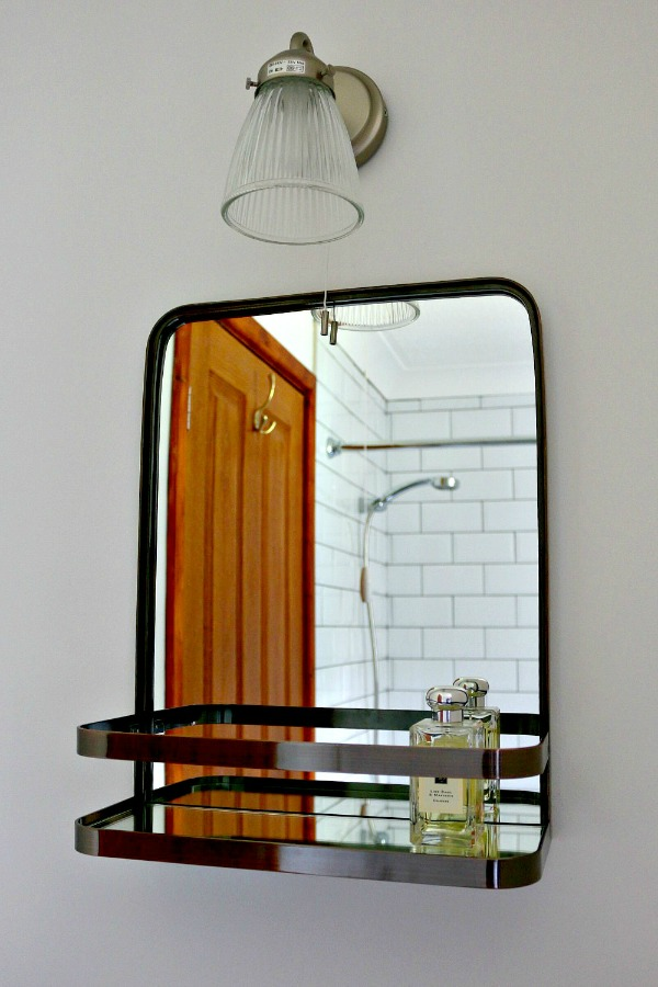 Dear Designer's Country Cottage - The Bathroom (4)