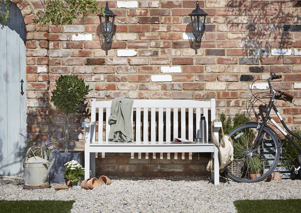 Salcombe Wooden Painted Bench, £157, B&Q
