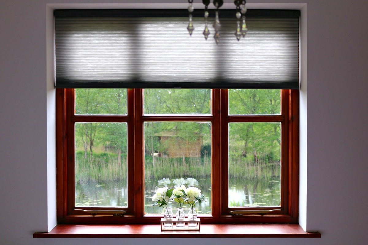 Dear Designer's Country Cottage - Duette Blinds by Luxaflex (2)
