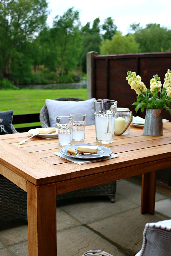 Dear Designer's Country Cottage - Patio Furniture from Out and Out Original [3]