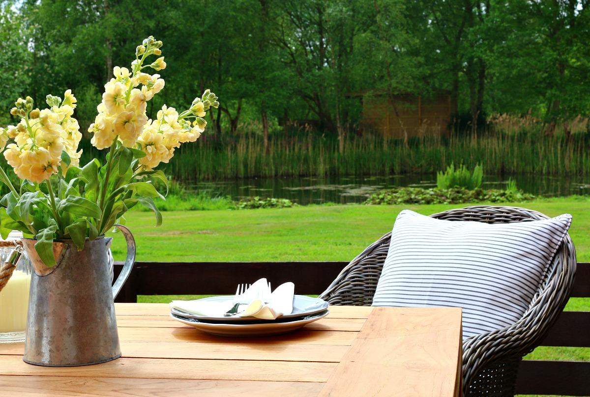 garden furniture,rattan,teak,