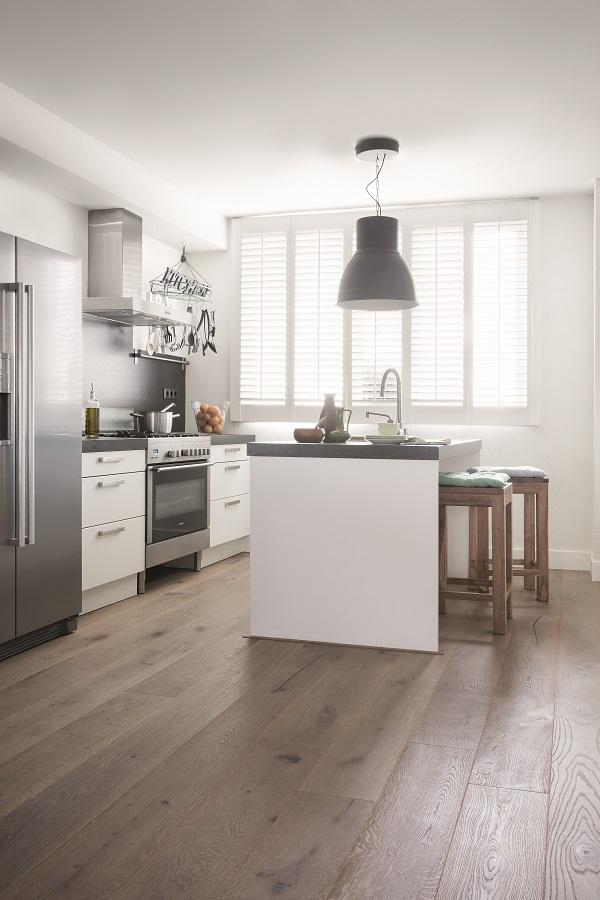 wood floor,contemporary white kitchen