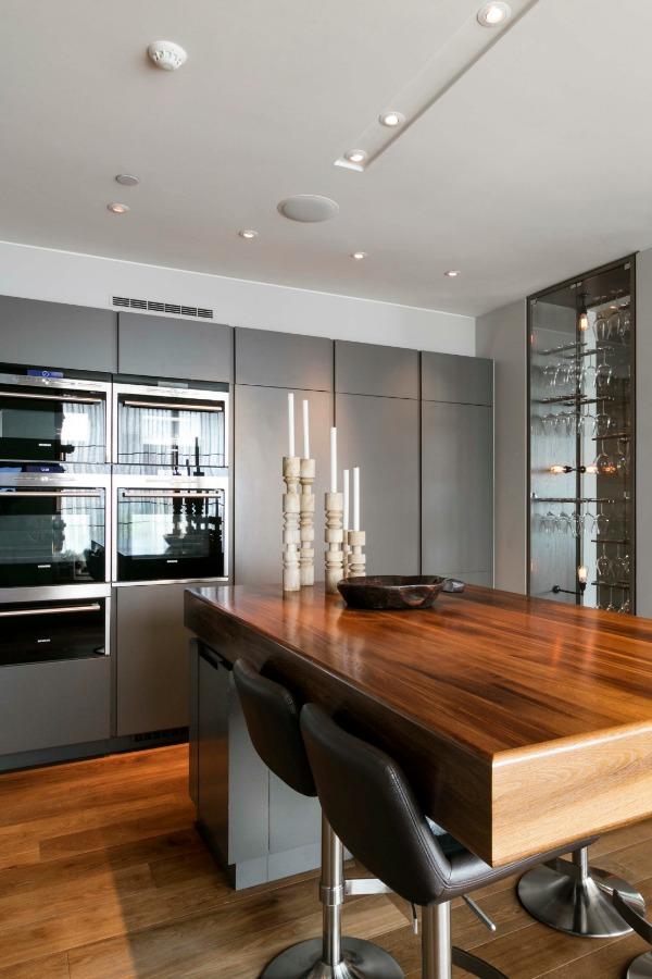 Rede Place for Sale via Domus Nova - kitchen