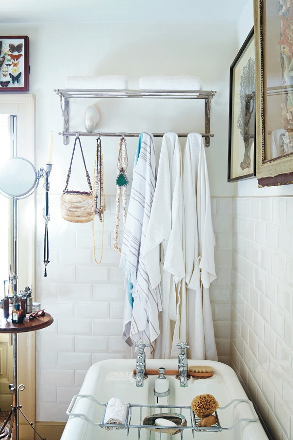 Displaying bathroom towels ideas - Books The Creative Home Inspiring Ideas For Beautiful