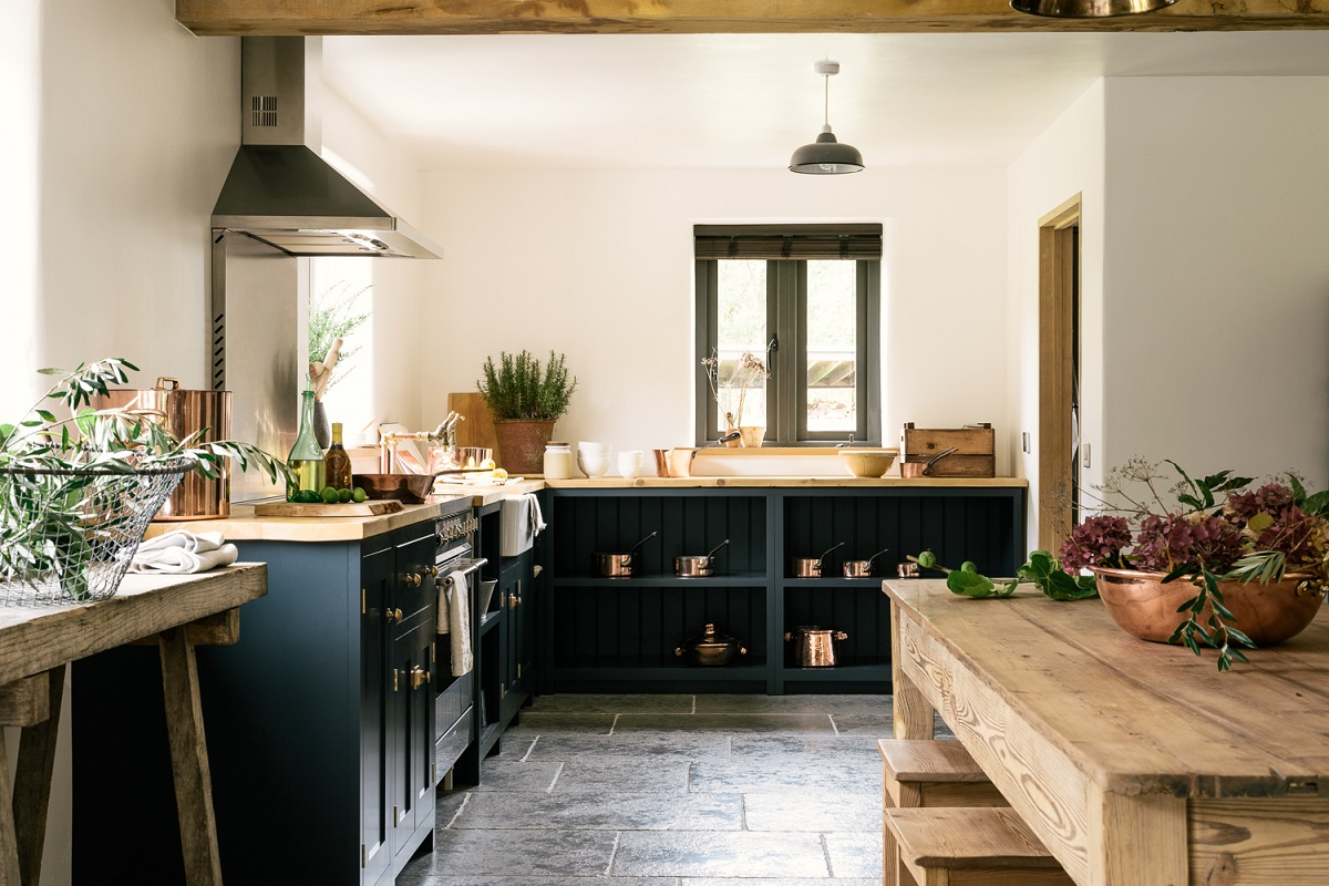 The-Real-Shaker-Kitchen-by-deVOL