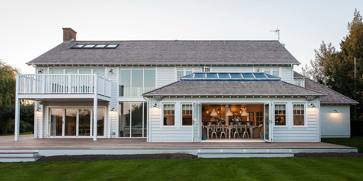 A New England Style House With Inside Outside Living