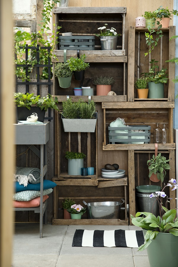 garden shelves. Why Not Build A \u0027set Of Garden Shelves\u0027 Out Some Old Boxes Shelves