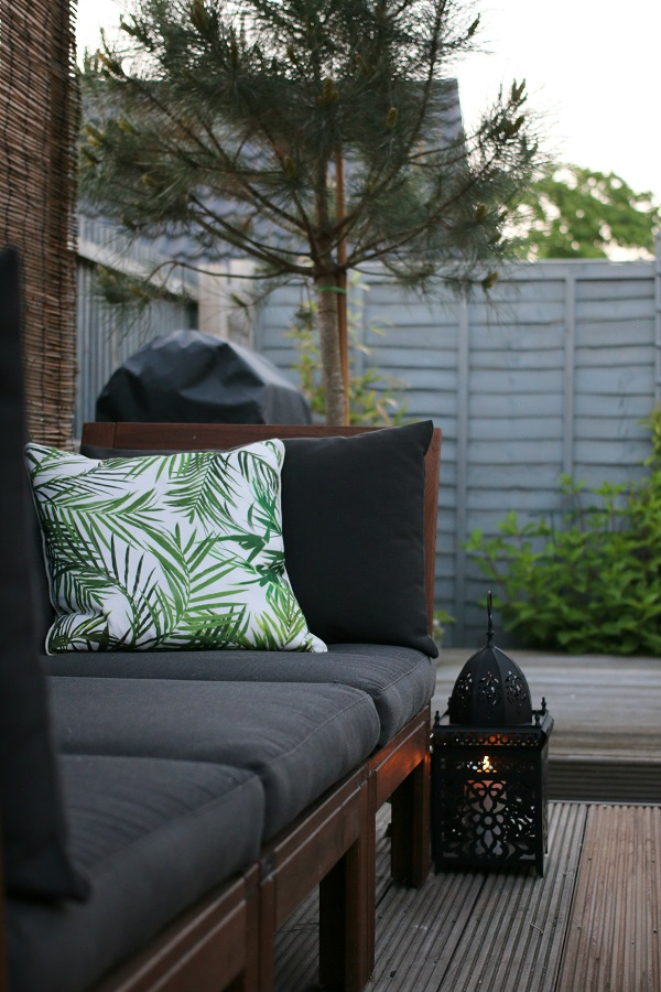 My summer style = relaxed days and evenings in the garden