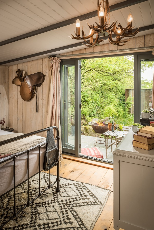 A rustic and homely holiday home in Cornwall, England