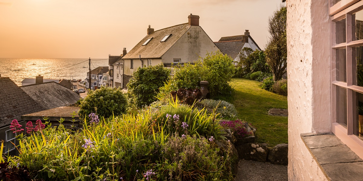A Romantic Boho-Chic Cottage in Cornwall