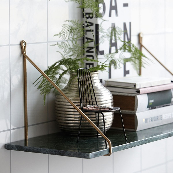 green marble shelf