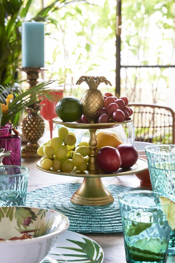 Table Decoration Ideas for Summer Dining Tables - Pile a Cakestand with Fruit
