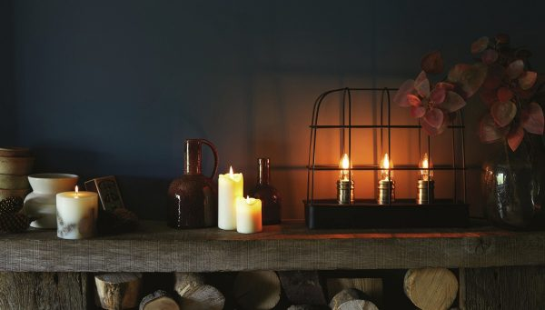 Essential Home Accessories - Objects of interest and candles