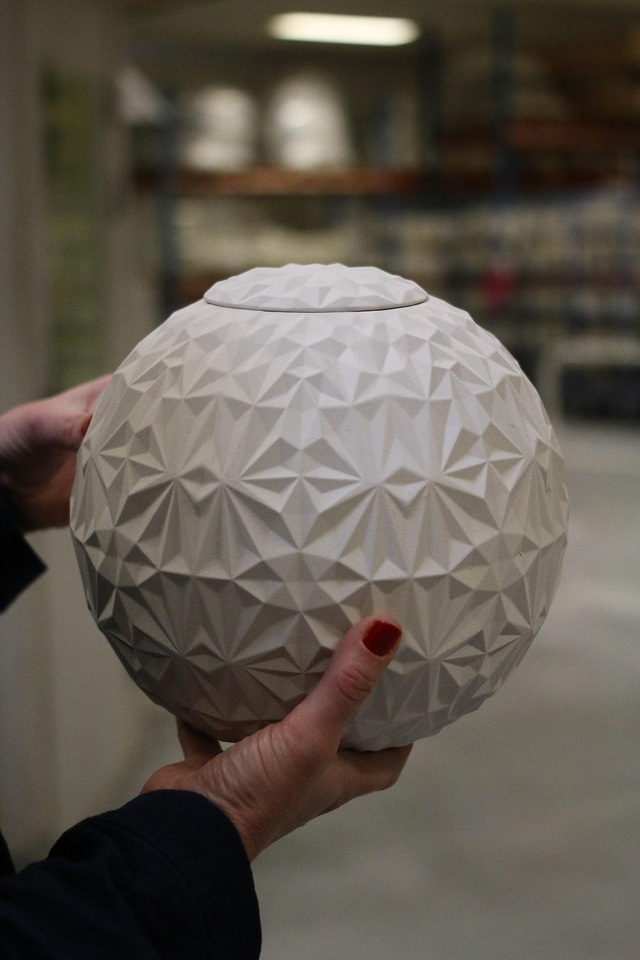 Anna Elzer Oscarsson - Dusty Diamonds - Unglazed - West Sweden Design