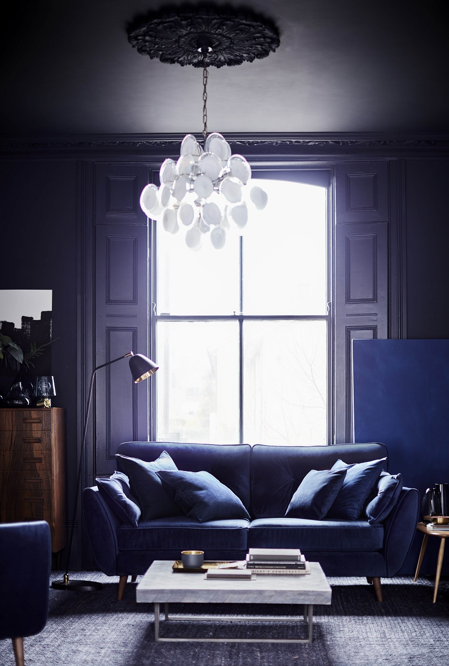 Pantone's Ultra Violet Colour of the Year 2018 and How to Use It - with paint