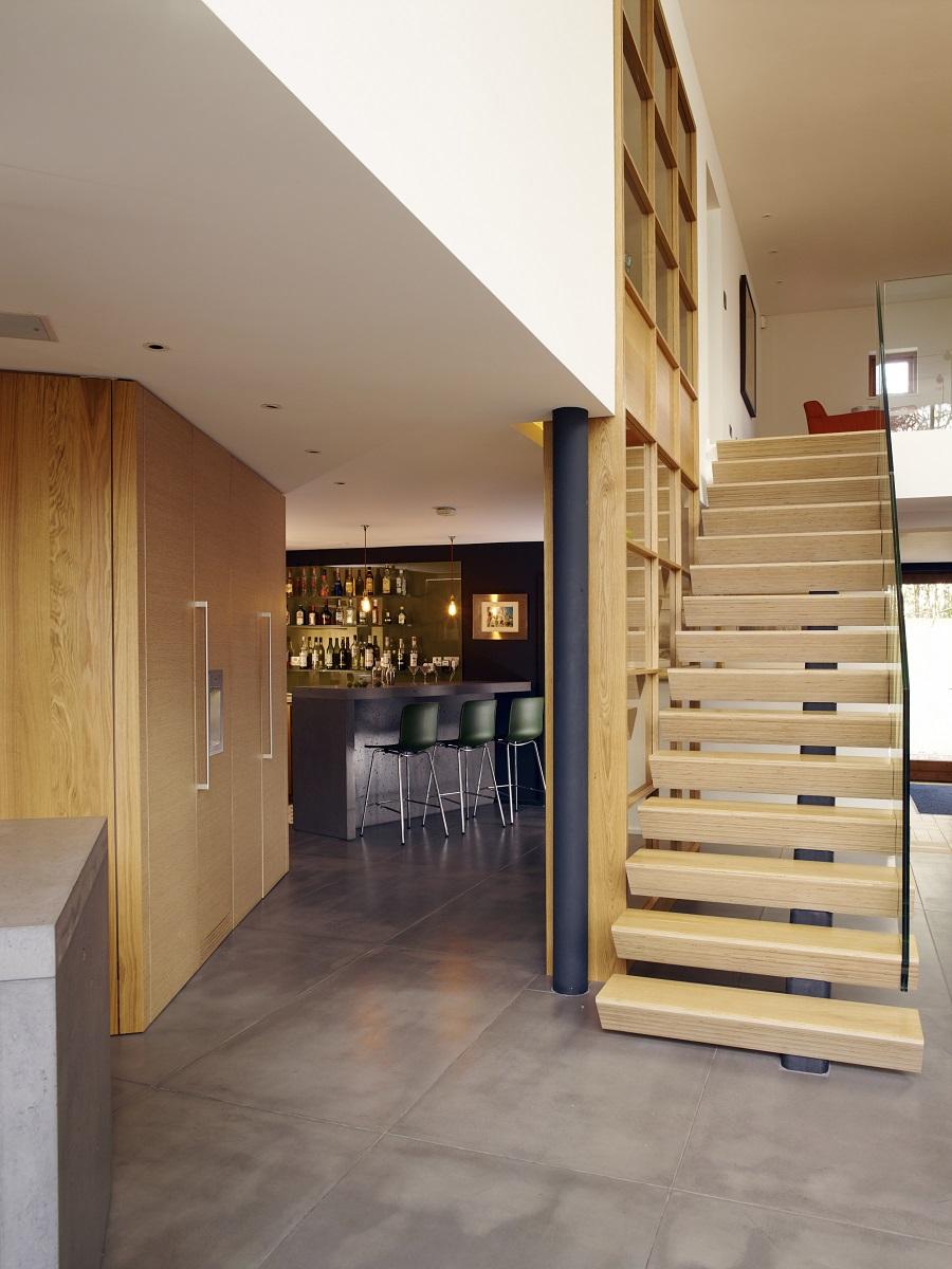 Open-Plan Living - bar area