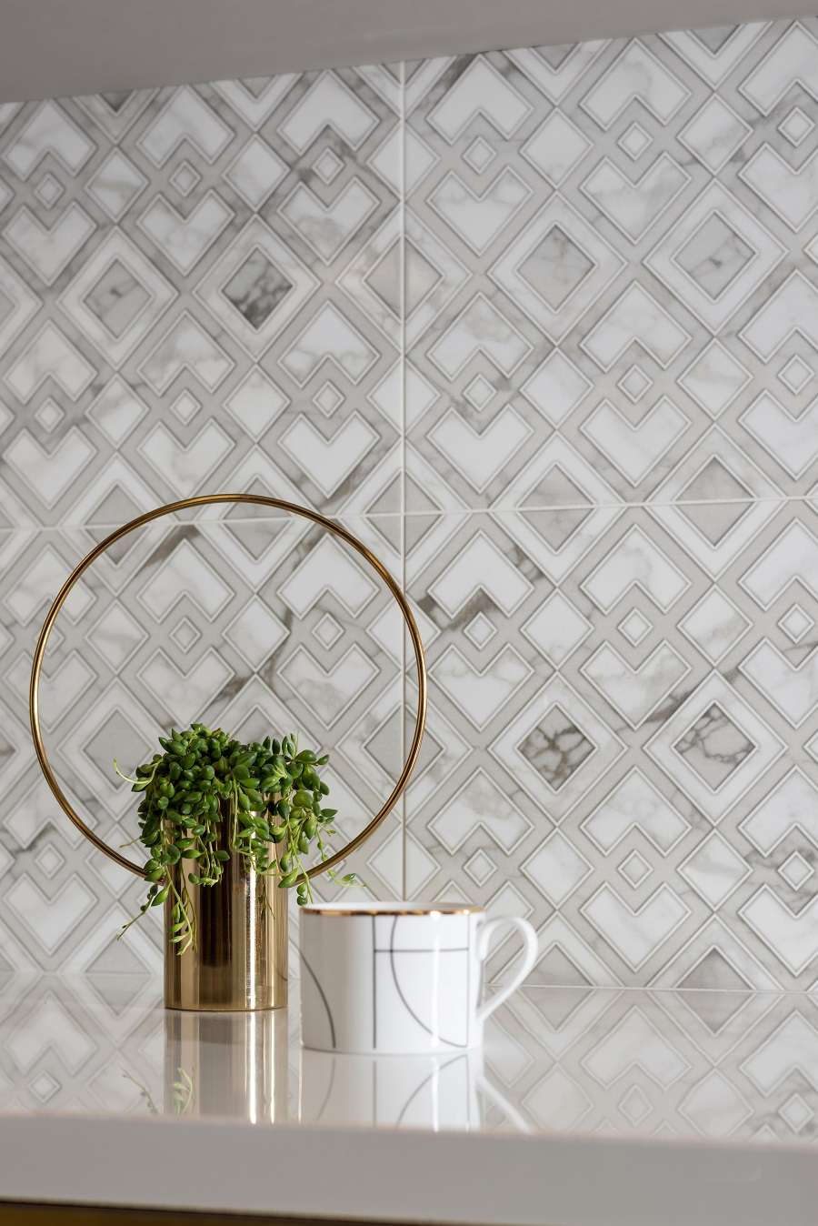 wall tiles with the look of wallpaper