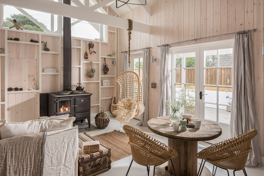 A Fresh, Organic, Scandi-Look Cottage by the Sea