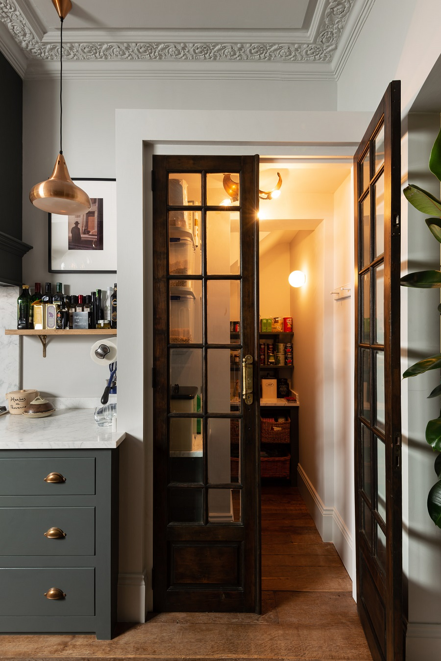 An Islington Townhouse Kitchen - A Working Family Kitchen with Soul