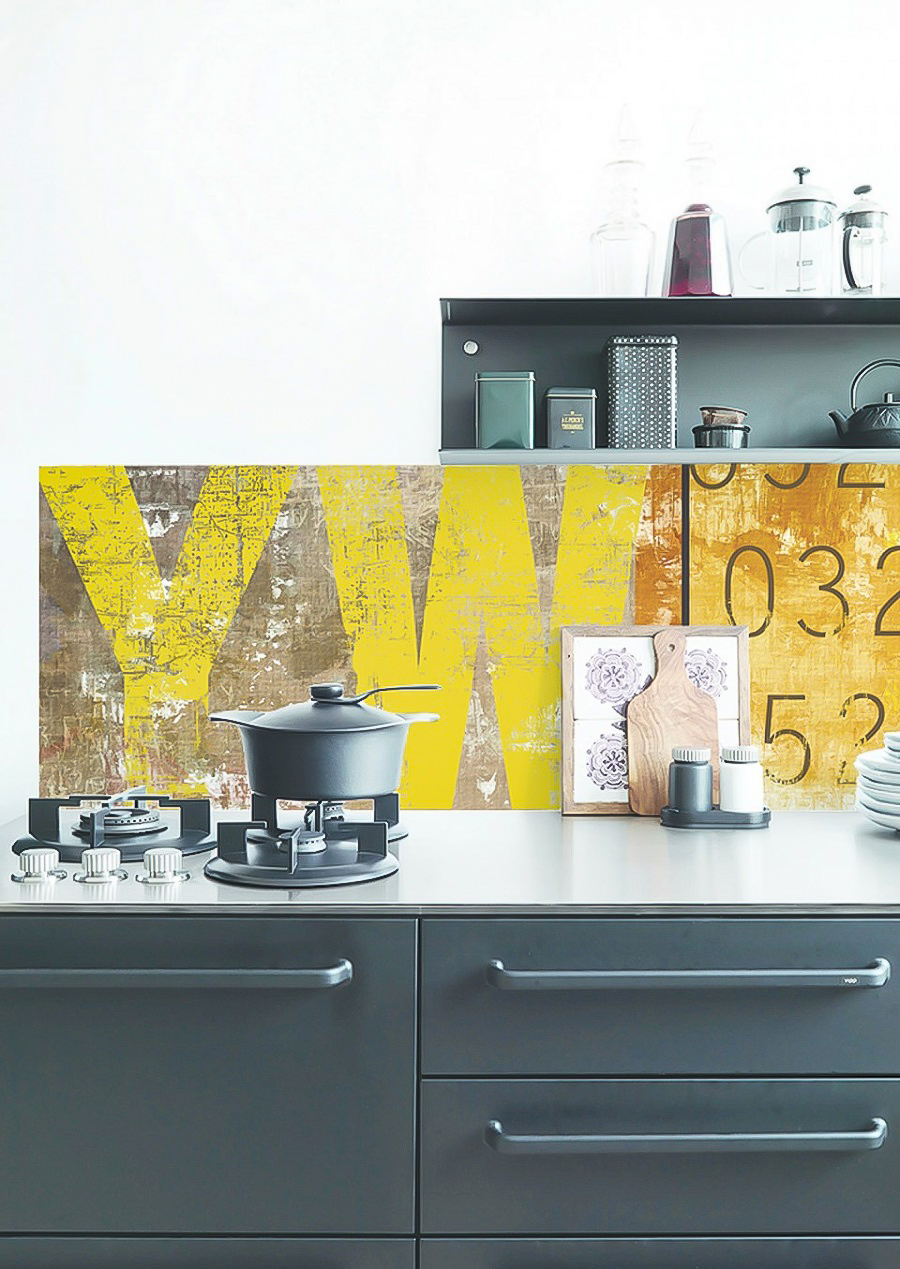 Quick and Easy Wallpaper Splashbacks for Instant Insta-Worthy Impact