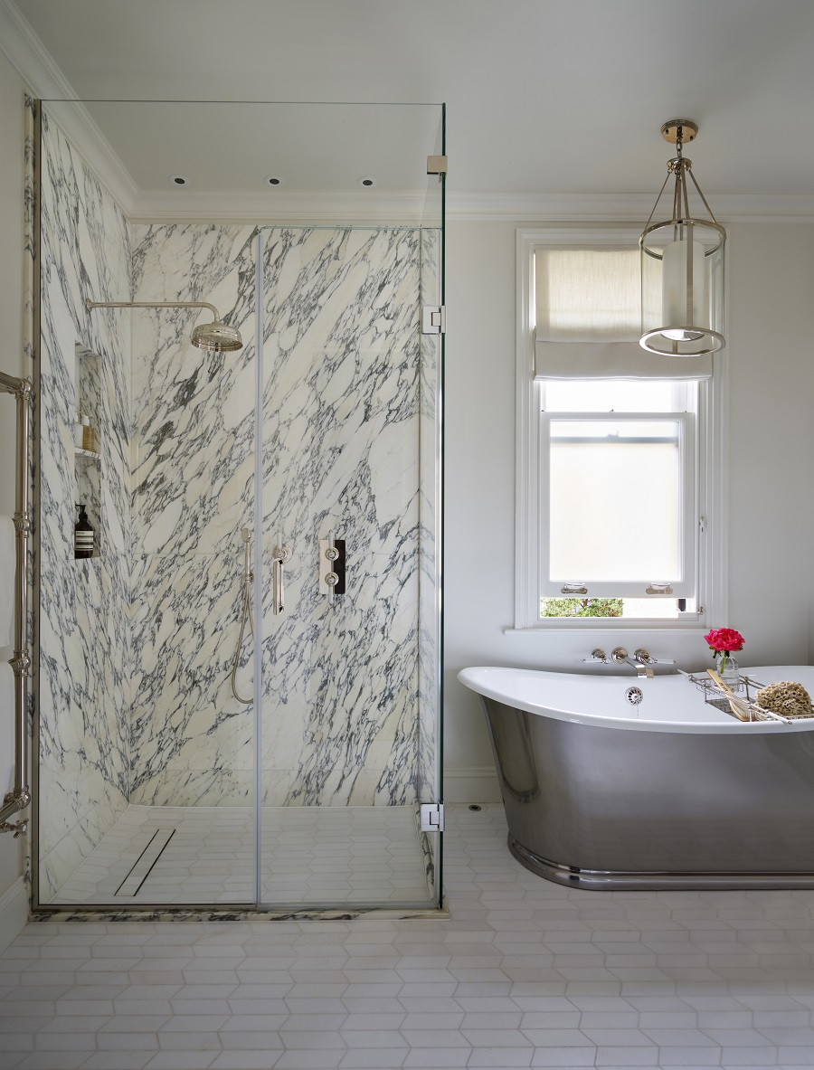 A Dreamy En-Suite Bathroom With More Than a Touch of Luxury