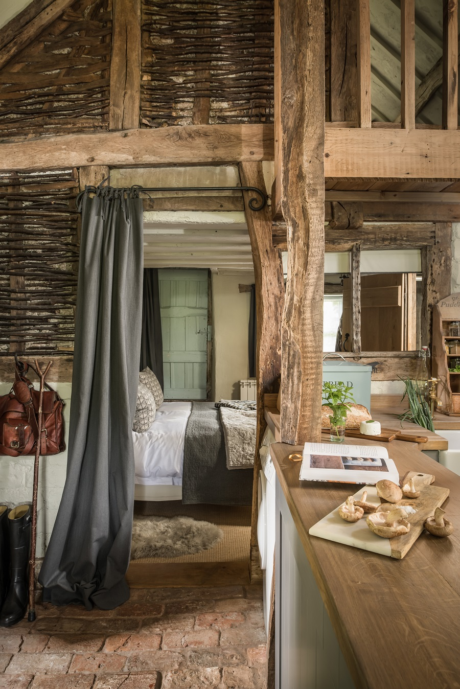 A Barn-Style Holiday Cottage Oozing With Rustic Charm