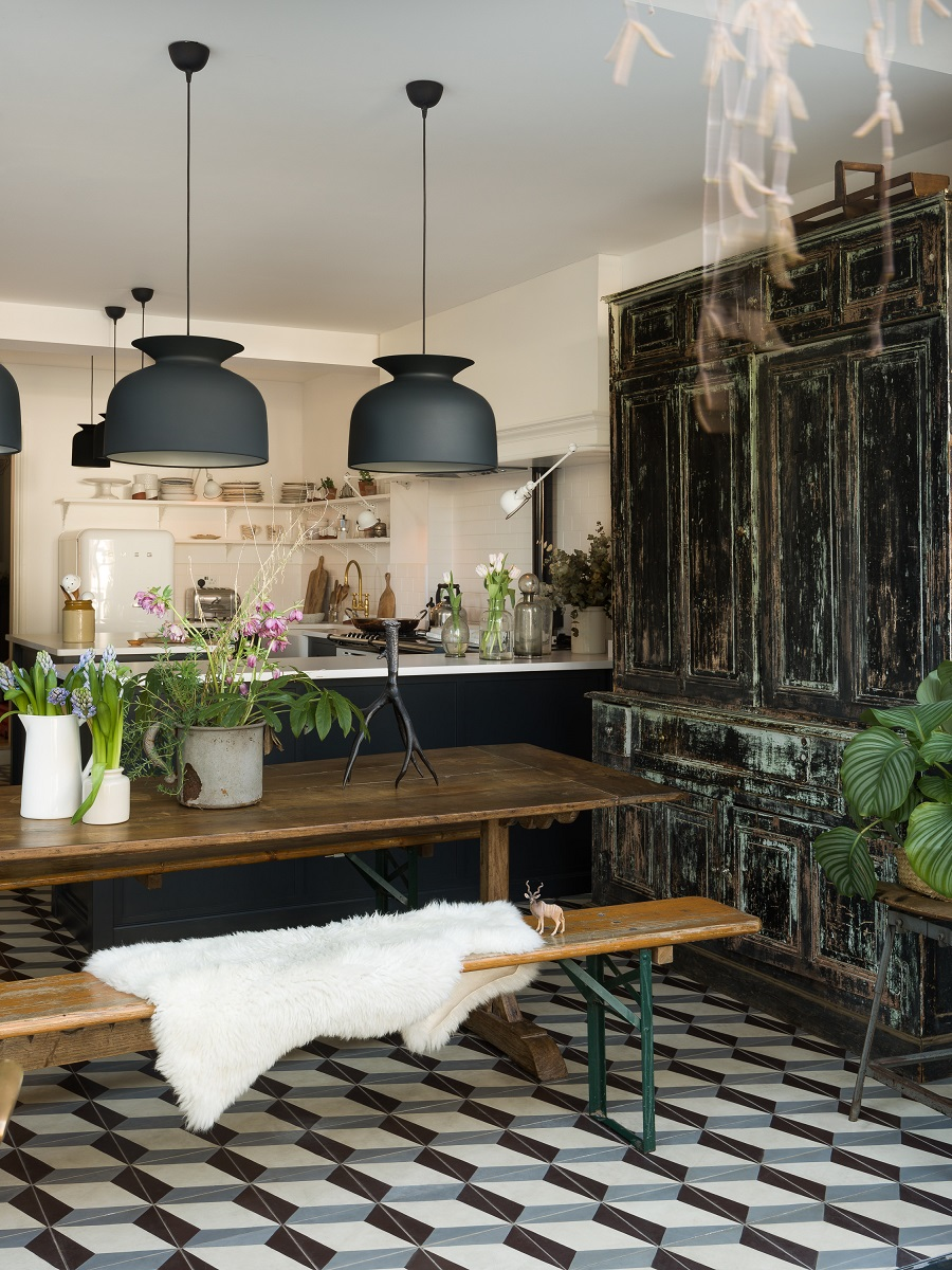 A Stunning Kitchen That is the Perfect Mix of Old and New