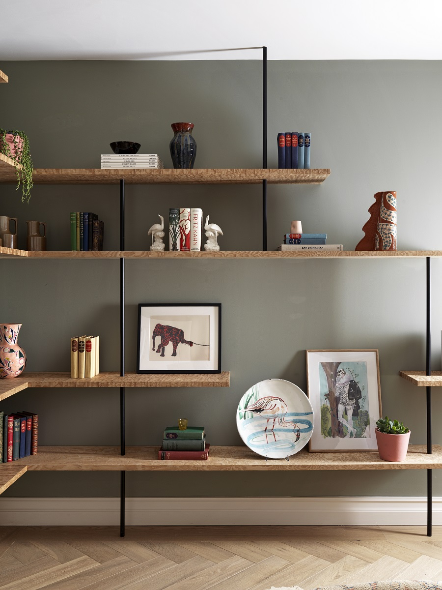 A Tastefully Decorated Apartment and What it Can Teach Us About Displaying Art